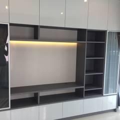 modern Living room by pyh's interior design studio