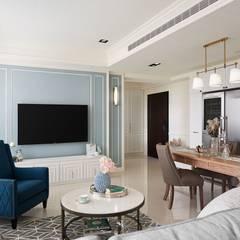 Living room by 理絲室內設計有限公司 Ris Interior Design Co., Ltd.