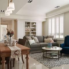Salas / recibidores de estilo  por 理絲室內設計有限公司 Ris Interior Design Co., Ltd.,