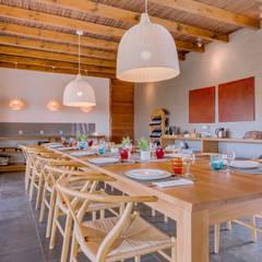 Monte Velho - Equo Resort: Salas de jantar  por Ivo Santos Multimédia