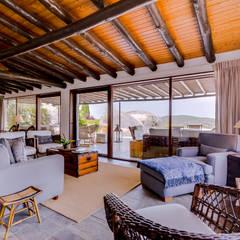 Monte Velho - Equo Resort: Salas de estar  por Ivo Santos Multimédia,Campestre