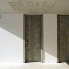 أبواب خشبية تنفيذ AD+ arquitectura