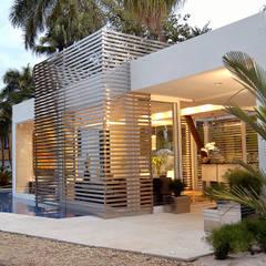Pavilhão de Entrada - Campinas Decor : Persianas e venezianas  por Izilda Moraes Arquitetura