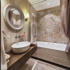 Компрессорный: Ванные комнаты в . Автор – Галина Глебова