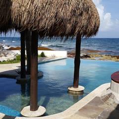 مسبح لانهائي تنفيذ DHI Arquitectos y Constructores de la Riviera Maya , إستوائي