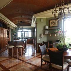 Cocinas de estilo  por DHI Arquitectos y Constructores de la Riviera Maya