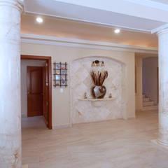 Decoration details: Pasillos y recibidores de estilo  por DHI Riviera Maya Architects & Contractors