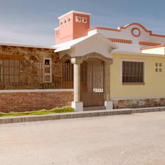 Fachada Principal: Casas unifamiliares de estilo  por A11 Estudio | Arquitectura | Visualizacion | Construccion | Interiorismo