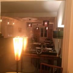 Vista Sala Principal: Espaços de restauração  por Leonor da Costa Afonso