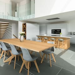 Contemporary Replacement Dwelling, Cubert:  Dining room by Laurence Associates