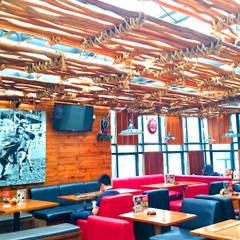 BULLWINGS FACTORY - BANDUNG, JAWA BARAT:  Restoran by IMG ARCHITECTS