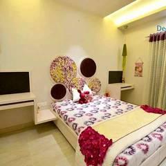 Independent Bungalow - Mr. Modi: scandinavian Bedroom by DECOR DREAMS