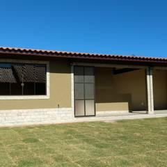 Nhà gia đình theo Richard Lima Arquitetura,