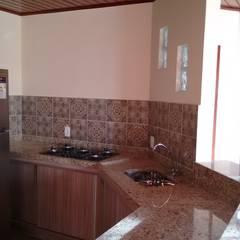 وحدات مطبخ تنفيذ Richard Lima Arquitetura