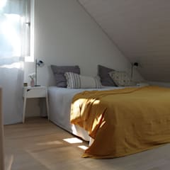 Schlafzimmer In Einer Dachwohnung: Skandinavische Schlafzimmer Von Home  Staging Nordisch