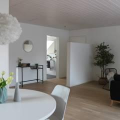 Ess- und Wohnbereich: skandinavische Esszimmer von Home Staging Nordisch