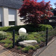 Projektsammlung Allgemein:  Vorgarten von Büscher Garten- und Landschaftsbau