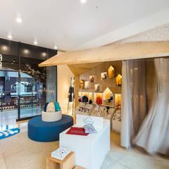 детский магазин HeyBro: Офисы и магазины в . Автор – IK-architects