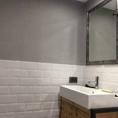 美式工業風輕裝潢:  浴室 by 登品空間規劃工程有限公司