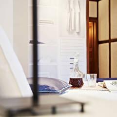 modernes Schlafzimmer:  Schlafzimmer von Home Staging Bavaria