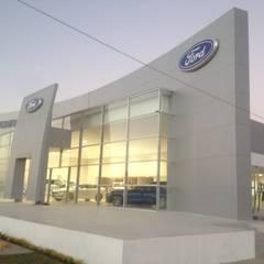 Agencias de autos: Concesionarias de automóviles de estilo  por ar.arquitectonico