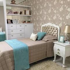 Girls Bedroom by ISADORA MARTEL INTERIORES E PAISAGISMO