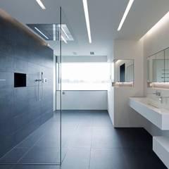 ห้องน้ำ by Innenarchitektur und Kunst