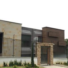 CASA MORÁN: Casas unifamiliares de estilo  por CUNA ARQUITECTURA INGENIERÍA SOSTENIBLE