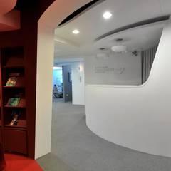 登士美齒列矯正美容中心 DENS BEAUTY:  診所 by 原形空間設計