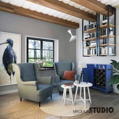 kolorowe akcenty we wnętrzu: styl , w kategorii Salon zaprojektowany przez MIKOŁAJSKAstudio