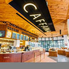 CAFFAINA 惠來店:  餐廳 by X2 CREATE乘雙設計制造所, 古典風