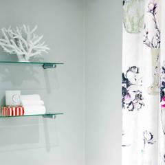 Burton Ave:  Bathroom by House Couture Interior Design Studio