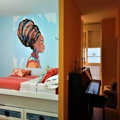 Dormitorio exótico con distintos ambientes: Dormitorios de estilo  de CONSUELO TORRES