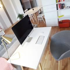 scandinavian Study/office by Sandrine Carré