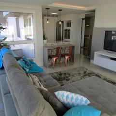 Living room by COB Arquitetura e Design