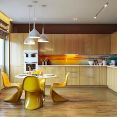 Кухня: Кухонные блоки в . Автор – Tim&Team