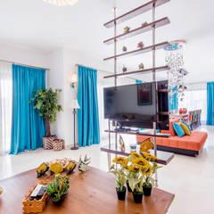 غرفة المعيشة تنفيذ COCA INTERIORS