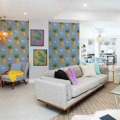 Pineapple Fever:  Living room by Pixers