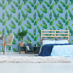 BEDROOM IN THE SHADE OF LEAVES:  Bedroom by Pixers