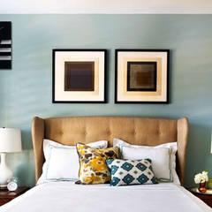 Nextime Bold Stripes Black:  Bedroom by Just For Clocks,