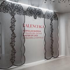 """Expo """"Balenciaga a traves del encaje"""": Museos de estilo  de Hirukistudio"""