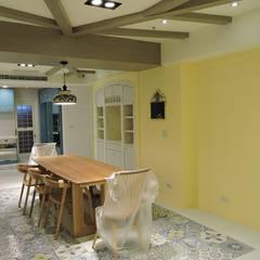 غرفة المعيشة تنفيذ 登品空間規劃工程有限公司