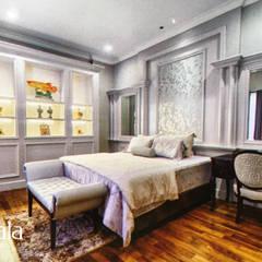 American Classic home: Kamar Tidur oleh Kamala Interior, Klasik