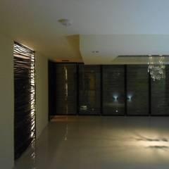 DISEÑO DE COMEDOR: Comedores de estilo  por Bello diseño interior