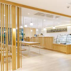 Mii Hotel Lobby :  ร้านอาหาร โดย บริษัท เพอเซพชั่น สตูดิโอ จำกัด, ผสมผสาน