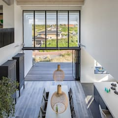 Dining room by BNLA architecten