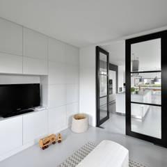 Media room by BNLA architecten