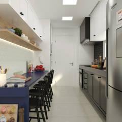 ห้องครัวขนาดเล็ก by CASA DUE ARQUITETURA