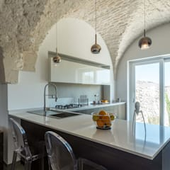 Cocinas integrales de estilo  por ABBW angelobruno building workshop