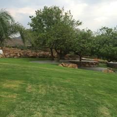 Jardins de pedras  por GRUPO SAIGA, S.A. DE C.V.
